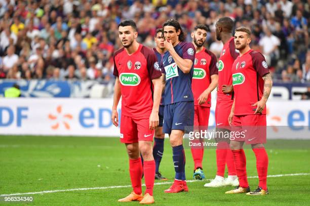 Edinson Cavani of PSG is surrounded by the opposition defence during the French Cup Final between Les Herbiers and Paris Saint Germain at Stade de...