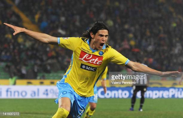 Edinson Cavani of SSC Napoli celebrates after scoring Napoli's second goal during the Serie A match between Udinese Calcio and SSC Napoli at Stadio...