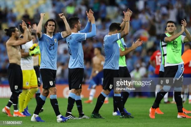 Edinson Cavani of Uruguay celebrates after winning the Copa America Brazil 2019 group C match between Chile and Uruguay at Maracana Stadium on June...