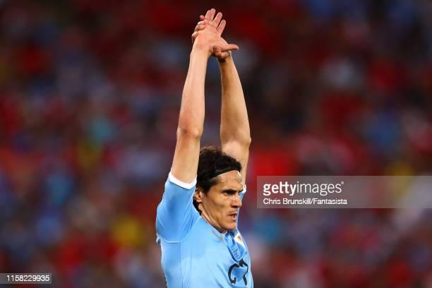 Edinson Cavani of Uruguay limbers up during the Copa America Brazil 2019 group C match between Chile and Uruguay at Maracana Stadium on June 24 2019...