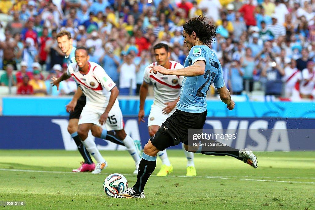 Uruguay v Costa Rica: Group D - 2014 FIFA World Cup Brazil : News Photo