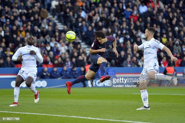 Edinson Cavani scores during the Ligue 1 match between Paris saintGermain and Strasbourg at Parc des Princes on February 17 2018 in Paris France