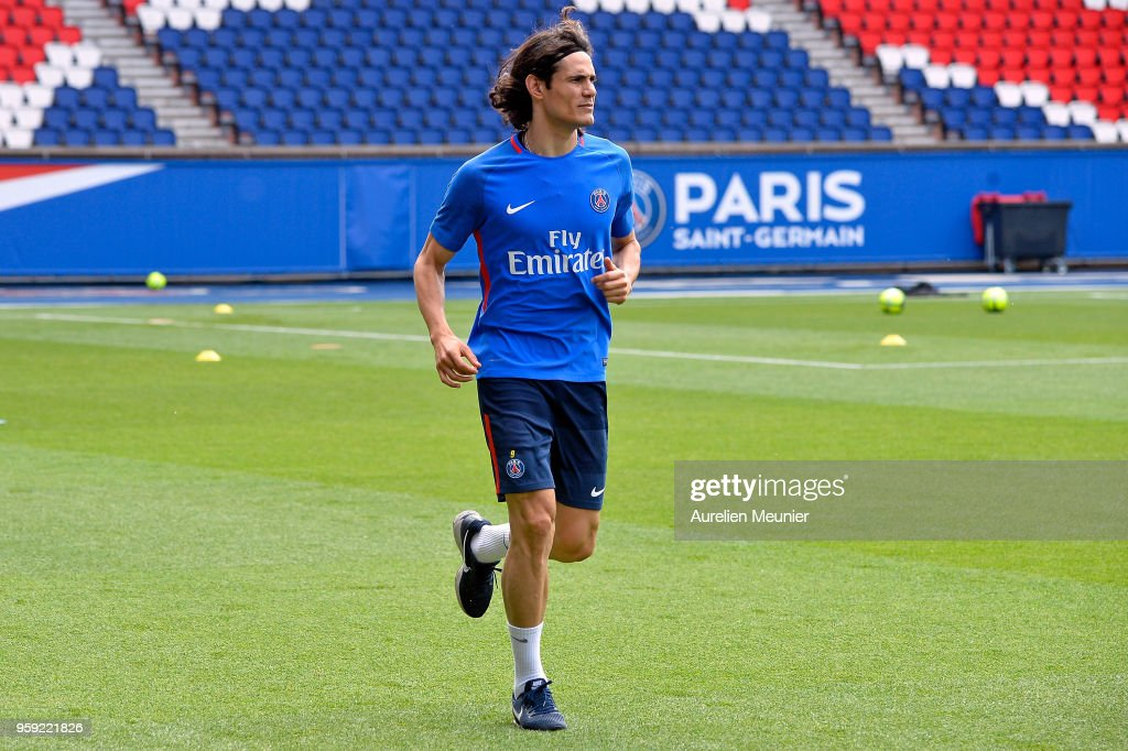 Paris Saint Germain : Training Session At Parc Des Princes : News Photo