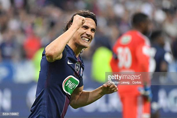 Edison Cavanni celebrates the goal during the final French Cup between Paris SaintGermain and Olympique de Marseille at Stade de France on May 21...