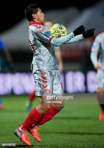 Edison Flores of AaB Aalborg controls the ball during the Danish Alka Superliga match between Lyngby BK and AaB Aalborg at Lyngby Stadion on December...