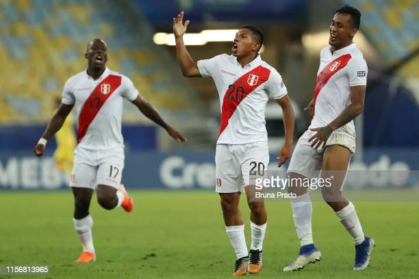 Edison Flores of Peru celebrates after scoring the third goal of his team during the Copa America Brazil 2019 group A match between Bolivia and Peru...