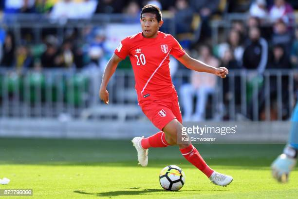 Edison Flores of Peru looks to pass the ball during the 2018 FIFA World Cup Qualifier match between the New Zealand All Whites and Peru at Westpac...