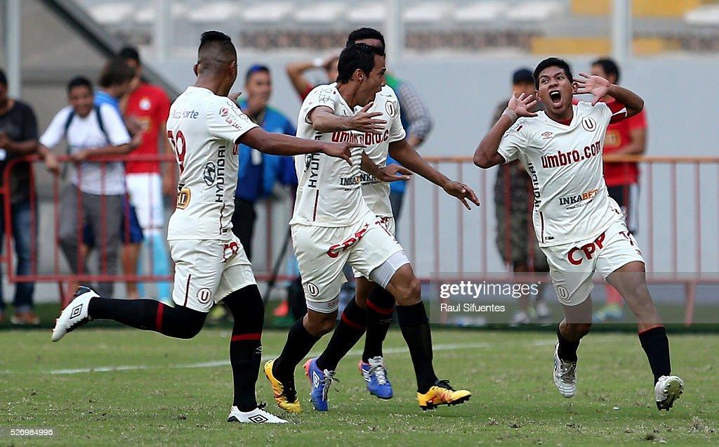 Sporting Cristal v Universitario - Torneo Apertura 2016