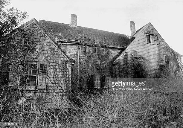 Edith Bouvier Beale house in East Hampton LI was ruled insanitary by authorities several weeks ago