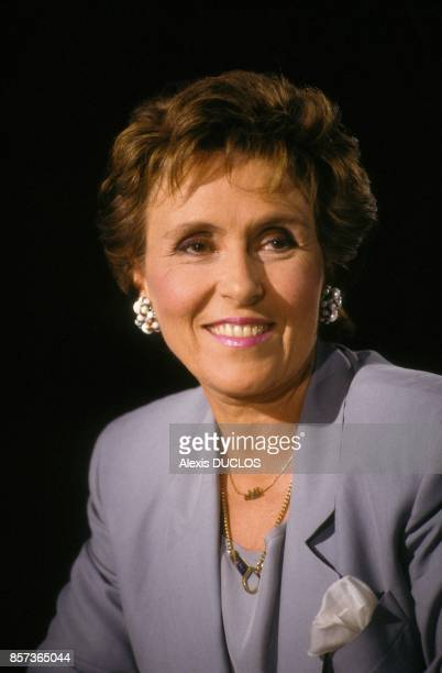 Edith Cresson sur le plateau de l'emission de television 7 sur 7 le 19 mai 1991 a Paris France