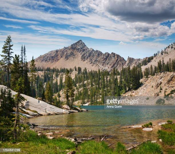 edith lake in sawtooth wilderness, stanley, idaho - named wilderness area stock pictures, royalty-free photos & images