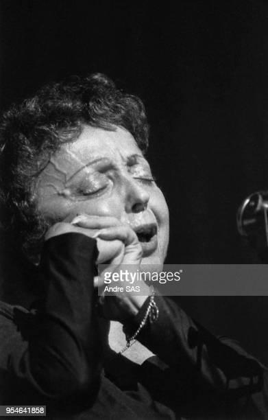 Edith Piaf lors d'un concert circa 1960 France