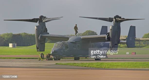editorial use – bell boeing v-22 osprey - taxiing stock pictures, royalty-free photos & images