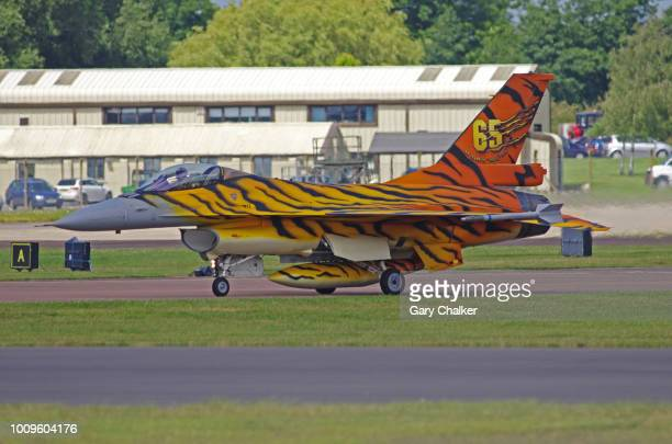 editorial use – f-16am fighting falcon - taxiing stock pictures, royalty-free photos & images
