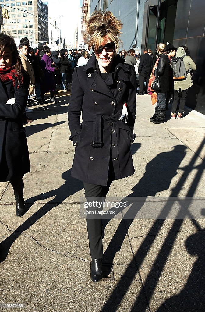 Editor-in-chief and vice president of brand content of the US edition of Elle Robbie Myers is seen arriving at the Calvin Klein Collection during Mercedes-Benz Fashion Week Fall 2015 at Spring Studios on February 19, 2015 in New York City.