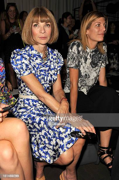 EditorinChief of American Vogue Anna Wintour attends the Rag Bone Women's Collection fashion show during MercedesBenz Fashion Week at Skylight Studio...