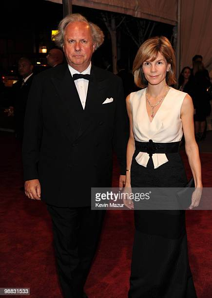 EditorInChief of Vanity Fair Graydon Carter and Anna Carter attends the Costume Institute Gala Benefit to celebrate the opening of the 'American...