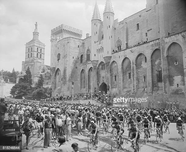 Editor's notes 38th 'Tour de France' Avignon July 26 1951 Cyclists heading towards Marseilles during the 'Tour de France''s 18th lap Some 90...