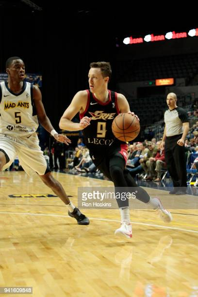 Edmond Summer of the Fort Wayne Mad Ants battles Josh Magette of the Erie Bayhawks in the 2018 Eastern Conference semifinals of the NBA G League on...