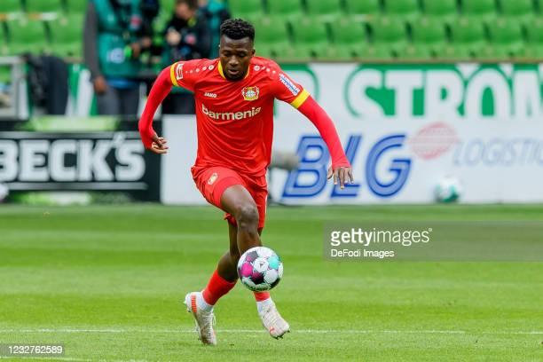 Edmond Tapsoba of Bayer 04 Leverkusen controls the ball during the Bundesliga match between SV Werder Bremen and Bayer 04 Leverkusen at Wohninvest...