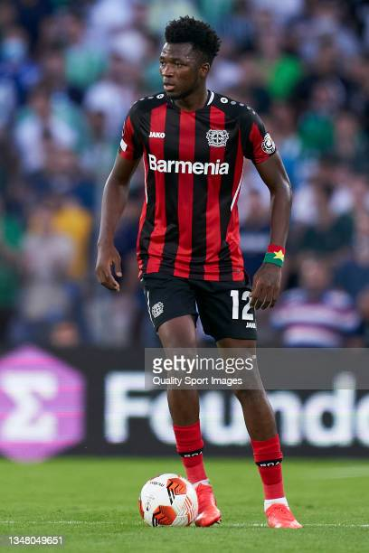 Edmond Tapsoba of Bayer Leverkusen controls the ball during the UEFA Europa League group G match between Real Betis and Bayer Leverkusen at Estadio...