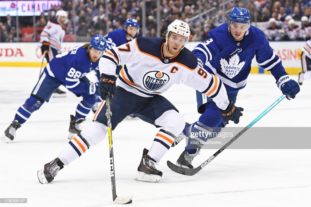 NHL: JAN 06 Oilers at Maple Leafs : News Photo