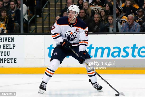 Edmonton Oilers center Connor McDavid looks for the pass during a game between the Boston Bruins and the Edmonton Oilers on November 26 at TD Garden...