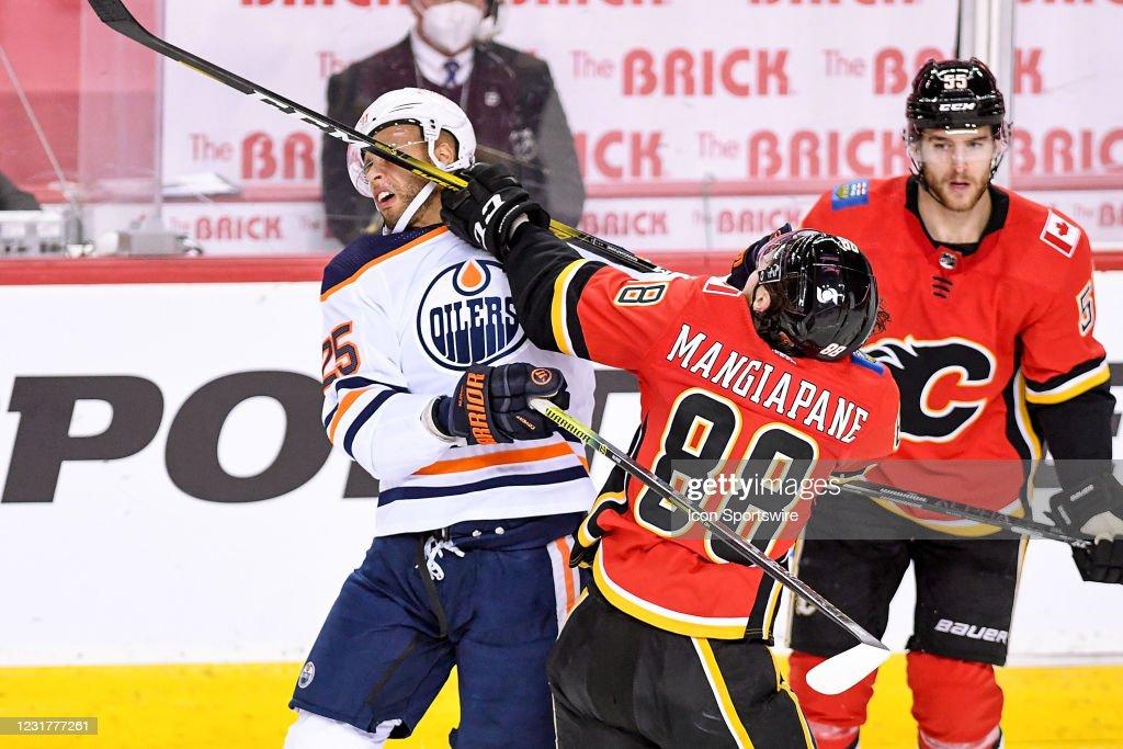 NHL: MAR 17 Oilers at Flames : News Photo