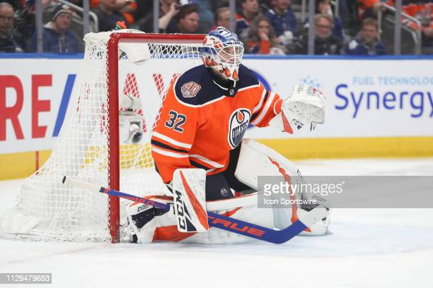 Edmonton Oilers Goalie Anthony Stolarz in action in the second period during the Edmonton Oilers game versus the Toronto Maple Leafs on March 9 2019...