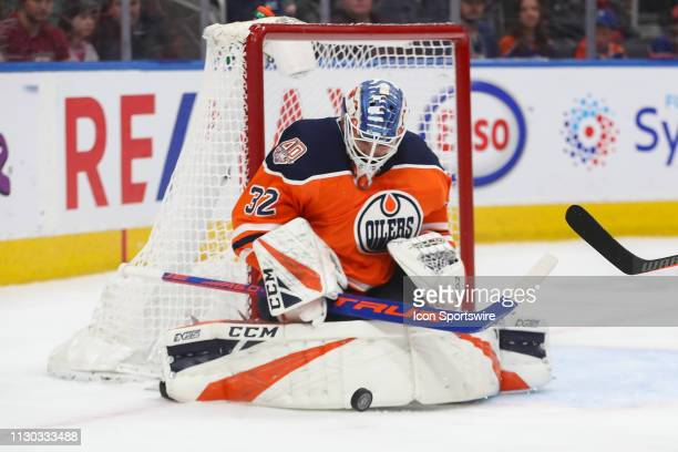 Edmonton Oilers Goalie Anthony Stolarz makes a save in the second period during the Edmonton Oilers game versus the New Jersey Devils on March 13...