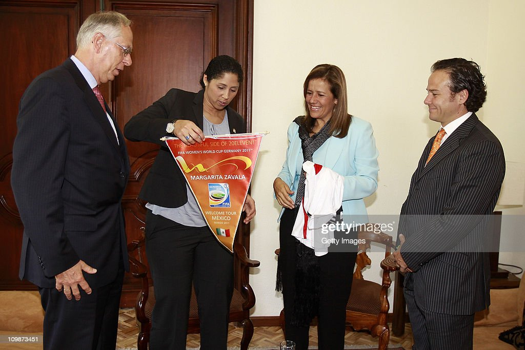 Edmund Duckwitz, German ambassador in Mexico, Steffi Jones, Organising Committee President's Cup Women's World Cup 2011, Margarita Zavala, first lady of Mexico and Bernardo de la Garza, president of Conade meet as part of the Germany 2011 FIFA Women's World Cup delegation Welcome Tour at Residencia Oficial de Los Pinos on March 08, 2011 in Mexico City, Mexico.