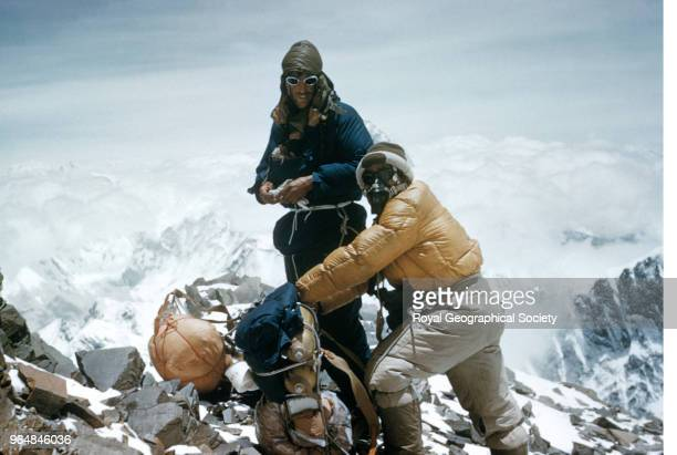 Edmund Hillary and Tenzing Norgay Edmund Hillary and Tenzing Norgay on the SouthEast ridge about to leave to the South Col to establish Camp IX below...