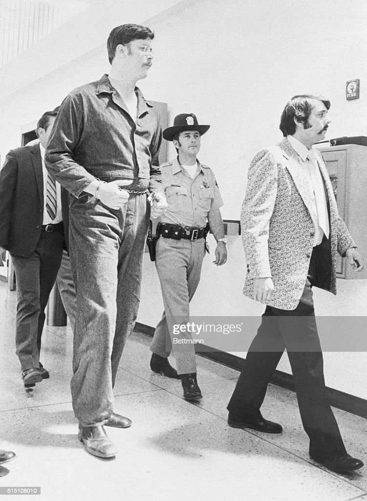 Police Officers Escorting Edmund Kemper into Court : News Photo