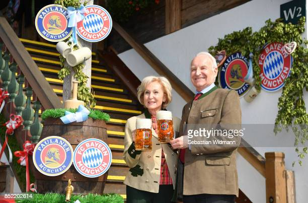 Edmund Stoiber and his wife Karin Stoiber attend the Oktoberfest beer festival at Kaefer Wiesnschaenke tent at Theresienwiese on September 23 2017 in...