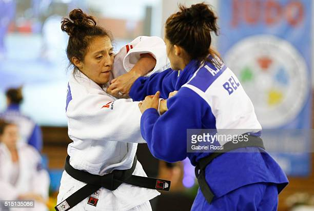 Edna Carrillo of Mexico fights with Anne Sophie Jura of Belgium for the bronze medal during the Women's 48k category as part of Panamerican Open...