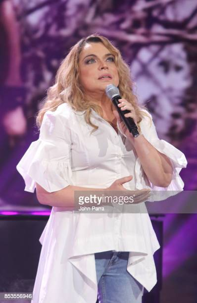 Ednita Nazario performs during TODOS UNIDOS Telemundo's Primetime Special from Cisneros Studio on September 24 2017 in Miami Florida