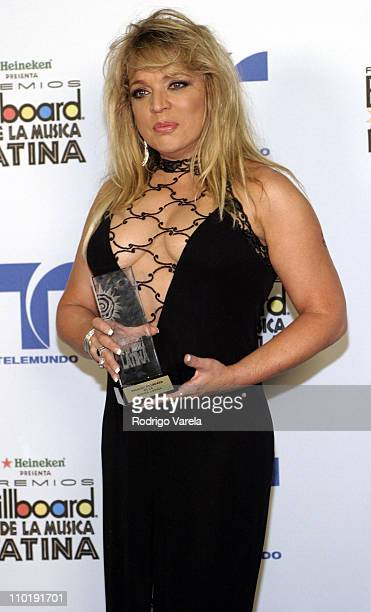 Ednita Nazario winner of the Latin Pop Album of the Year Female for 'Por Ti'