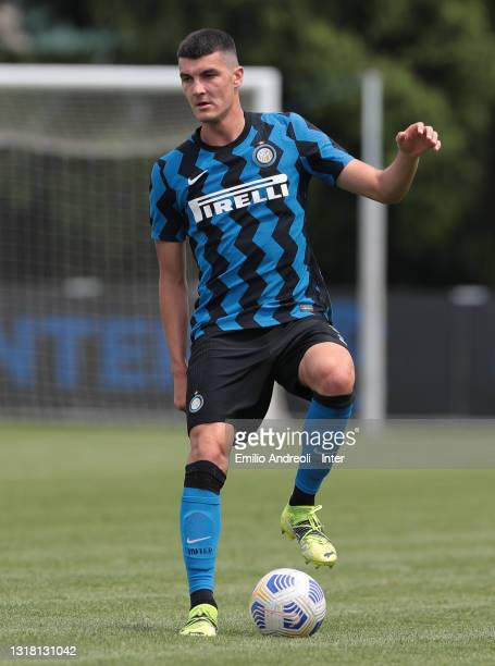 Edoardo Sottini of FC Internazionale U19 in action during the Primavera 1 TIM match between FC Internazionale U19 and ACF Fiorentina U19 at Stadio...