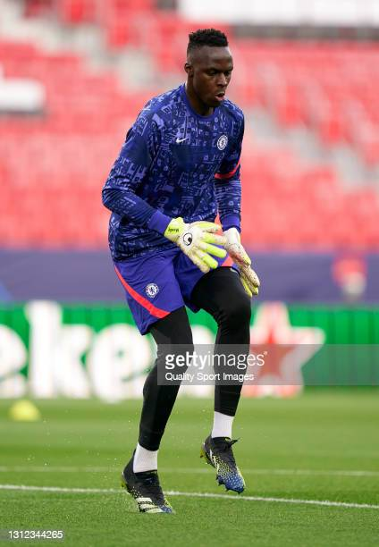 Edouard Mendy of Chelsea FC warms up prior to the UEFA Champions League Quarter Final Second Leg match between Chelsea FC and FC Porto at Estadio...