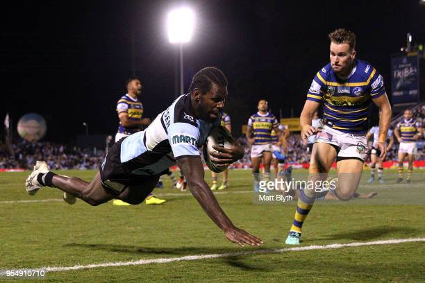 Edrick Lee of the Sharks scores a try during the round nine NRL match between the Cronulla Sharks and the Parramatta Eels at Southern Cross Group...