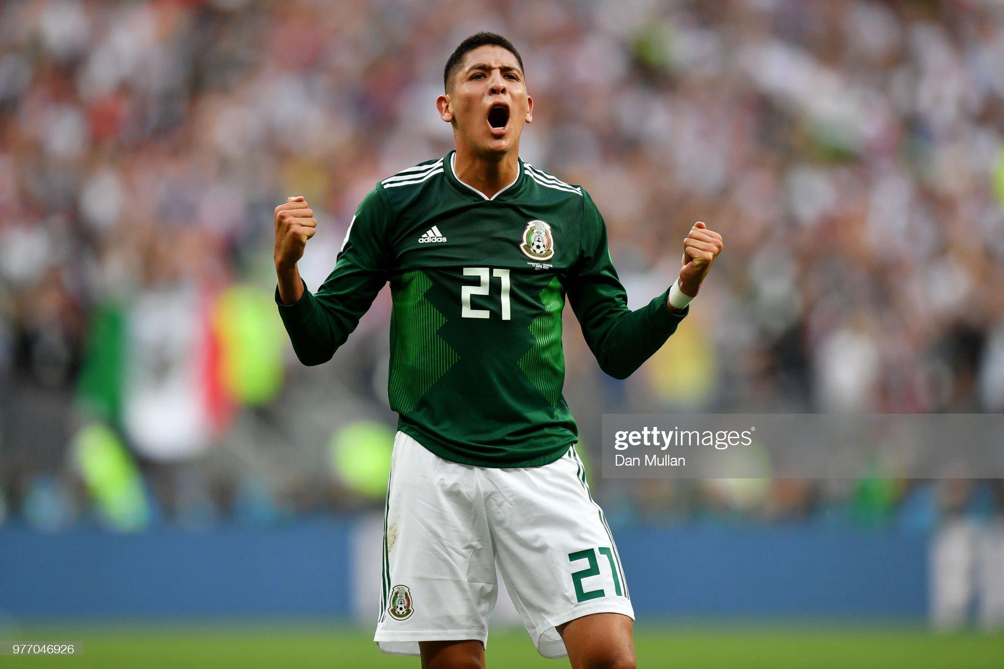Mexico: Group F -edson alvarez  2018 FIFA World Cup Russia : ニュース写真