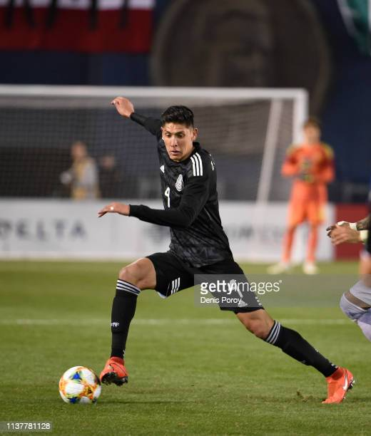 Edson Alvarez of Mexico drives the ball during the International Friendly match between Mexico and Chile at Qualcomm Stadium on March 22 2019 in San...