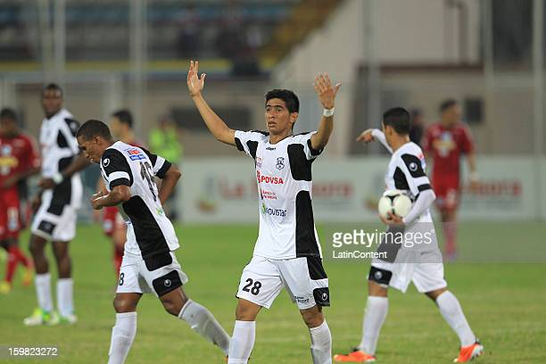Edson Mendoza of Zamora celebrates his goal of Zamora FC heads the ball during a match between Zamora FC and Caracas FC as part of the Clausura 2013...