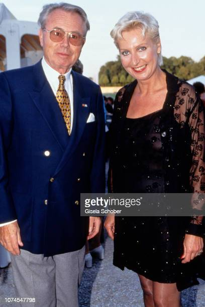 Eduard Zimmermann and daughter Sabine attend the 'Schloss Schleissheim Reception' in July 1998 in Munich Germany