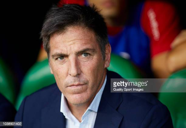 Eduardo Berizzo Manager of Athletic Club looks on prior to the La Liga match between Real Betis Balompie and Athletic Club at Estadio Benito...