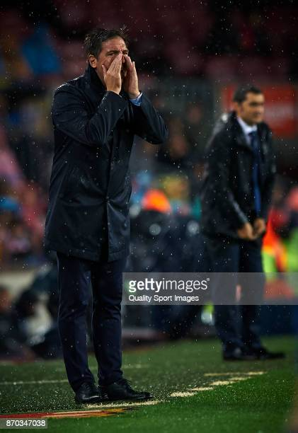 Eduardo Berizzo manager of Sevilla reacts during the La Liga match between Barcelona and Sevilla at Camp Nou on November 4 2017 in Barcelona Spain