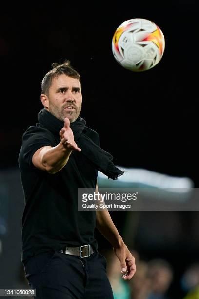 Eduardo 'Chacho' Coudet, Head Coach of Celta de Vigo reacts during the La Liga Santander match between RC Celta de Vigo and Cadiz CF at Abanca...