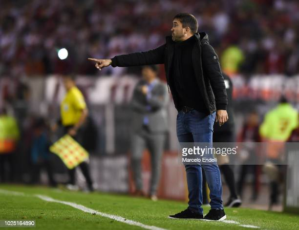 Eduardo Coudet coach of Racing Club gestures during a round of sixteen second leg match between River Plate and Racing Club as part of Copa CONMEBOL...