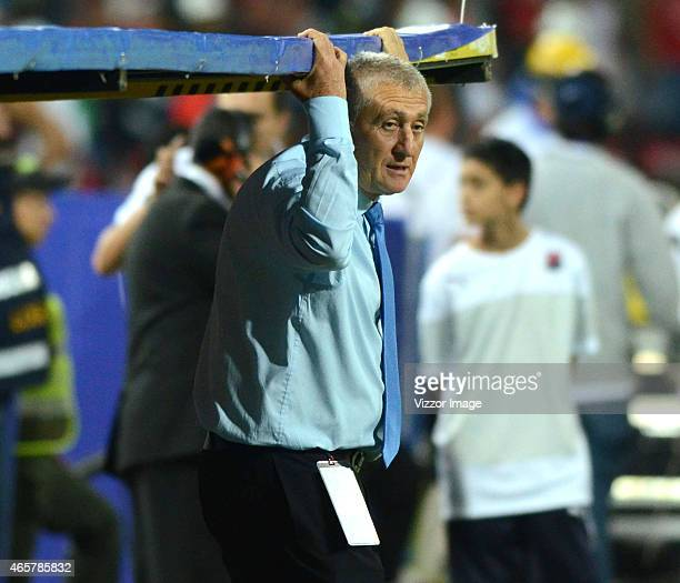 Eduardo Lara coach of Boyacá Chicó watches the match between Independiente Medellin and Boyacá Chicó as part of eighth round of Liga Aguila I 2015 at...
