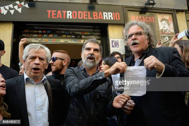 Eduardo ReyesJordi Cuixart Joan Tardà Deputy to Congress of The Republican Left of Catalonia during the act in support to the referendum of the 1O in...